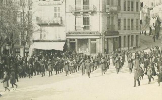 Jazz En Route to France 1917-1918 vintage image