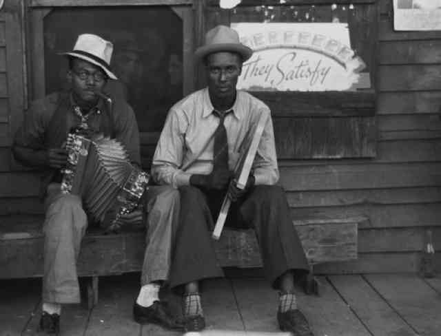 Zydeco_players_Louisiana_1938