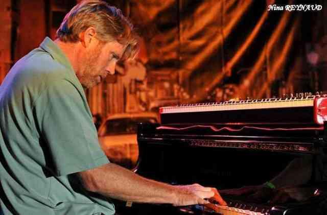 Tom Worrell Solo Piano
