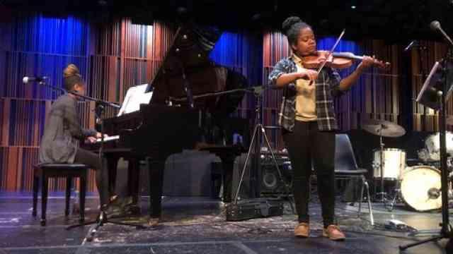 Mollie DuCoste: Jazz Violin