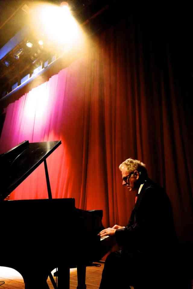 Larry Sieberth Solo Piano
